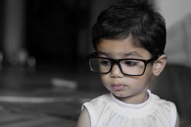 Mon enfant louche, dois-je l'emmener chez l'ophtalmologue