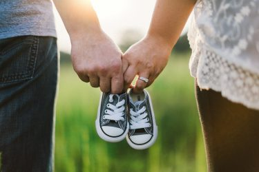 Quand peut-on reprendre une vie sexuelle après une naissance et est-il souhaitable de prendre une contraception